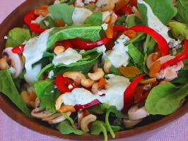Spinach Salad with Blue Cheese Dressing